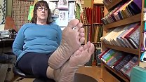 Mature Wrinkled Soles Feet