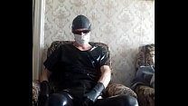 Guy wanks in latex gloves and leather leggins