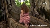 Screenshot Libertinages    Cute Girl, Naked In Front Of A Tree