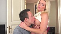 Mature Franny loves younger cock