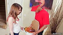 Joseline Kelly tries BBC Pizza