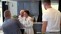 Brazzers - Mommy Got Boobs - (Ashton Blake), (Mike Mancini) - Pimp My Mom porn image