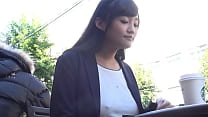 https://bit.ly/3CgmXp5 When she was in a hurry and forgot to wear a bra, I was fascinated by the nipples of a no bra woman. Japanese amateur homemade porn.