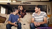hu... a has who guy gamer a out helps milf Awesome