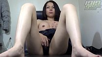Horny MILF Spreads her Pussy: naked mom indian thumbnail