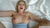 Amber Chase loves to fuck like a pornstar with ...