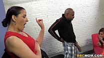 Caroline Pierce and daughter Rilynn Rae Takes B...