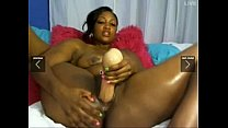 Who is she?? Ebony solo squirter....