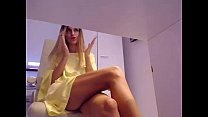 Sexy secretary playing with herself on cam as she works  - from sexywebcams.pl pornhub video