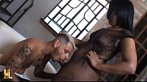 Trans Mulata With Corpão Picks Guy On The Street Takes It Home Eat Carinha's Ass And Sends Fucking Goela Below Guloso- Weronica Vendramini Actress