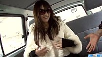 Serina amazing porn play in the car along her pussy