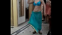 Hostel girls record roommate
