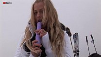 Eroberlin russian Anna Safina sexy ski pussy open public outdoor blond long hair Vorschaubild