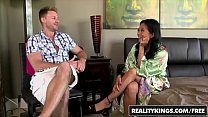 RealityKings - Milf Hunter - (Levi Cash, Lucky Starr) - Getting Lucky [리얼리티 킹 realitykings site]