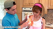 BANGBROS - Stepsister Dilli Harper and Her Stepbrother Get Caught! (bbe16021) - 9Club.Top