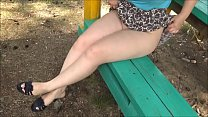 The fleshy thighs girls in outdoors - upskirt