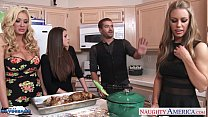 Hot cuties Brooklyn Chase, Nicole Aniston and Summer Brielle gets nailed's Thumb