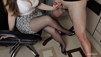 I asked to handjob step sister in pantyhose - T...