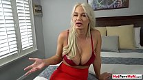 Son helps relax to mature stepmom with pussy licking