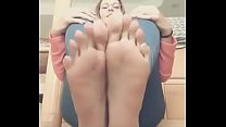 Very long sexy toes video