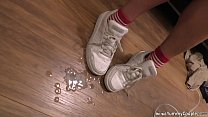 Petite MILF quick fuck and cum on sneakers - YummyCouple