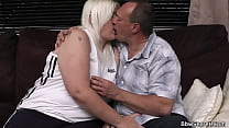 Plumper sucks and rides cheating husband meat