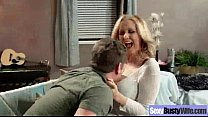 (julia ann) Naughty Housewife With Round Big Bo...