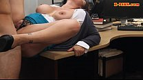 Busty amateur wife pounded by pawn man in the backroom Vorschaubild