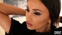 Breath-taking sex goddess Alyssia Kent gets her DP cravings fulfilled preview image