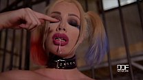 Chessie Kay fucks a baseball bat in Suicide squad Cosplay Thumbnail