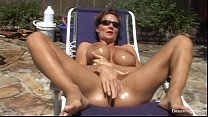 sexy mature in chick bikini