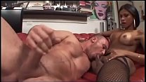 Shemale enjoy a muscle boy thumb