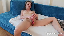 Yanks Kinky MILF Micah Reed Cums with her Rabbit Vibe