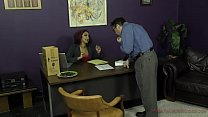 Boss Makes Her Accountant Kiss Her Ass - Daisy Ducati Vorschaubild