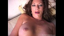 Sexy cougar strips and frigs her juicy pussy