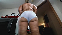 SEXY THICK RED BONE MILF WET PUSSY RIDE