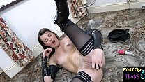 Smalltits post op tranny dildoing her pussy