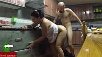 Fucking in the kitchen and she swallows it all. Spying my gf SAN53 Vorschaubild