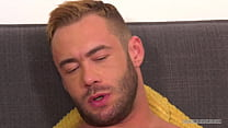 German muscle stud is horny and strokes his hard cock!