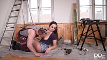 Sexy teen Olivia Nice fills her insatiable mouth with handyman's veiny cock thumbnail