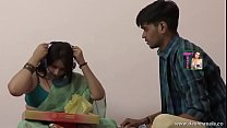 desimasala.co - Horny aunty seductive romance with young boy Thumbnail
