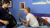 Hunter Starr wants to have workout with his hot bf Conner