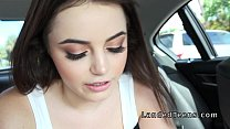 Brunette teen cuttie sucks and fucks in car