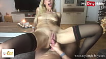(Izzy Cat) Gets Her Pussy Licked Before Riding A Hard Cock Getting Cum On Her Pussy - MyDirtyHobby