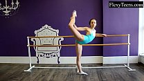 Fiatal girl ballerina pornhub video