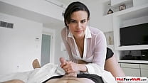 MILF stepmother Penny Barber notices stepsons seeds and she cant resist