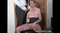 Naughty amateur Milf sucks and fucks with cumshot Vorschaubild