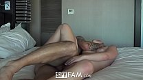 SpyFam Aggressive fuck and creampie with eager step sister Alyssa Cole thumbnail