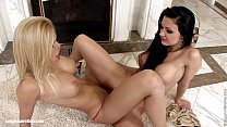 Aletta and Wivien eating eachother out as lesbians - SapphiX