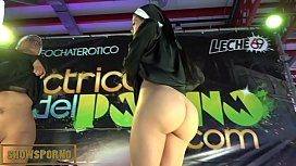 Bigbutt latin nuns threesome...